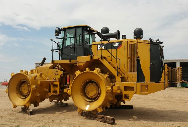 Cat 826g Compactor : Barton county new k cat compactor
